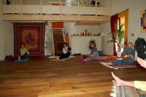retraite de yoga ekapada shirsasana